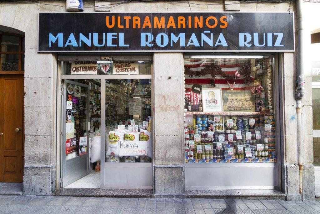 3816 ultramarinos romana 01