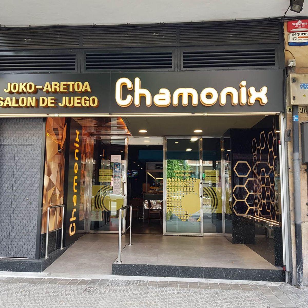 SALON DE JUEGO CHAMONIX EN DEUSTO