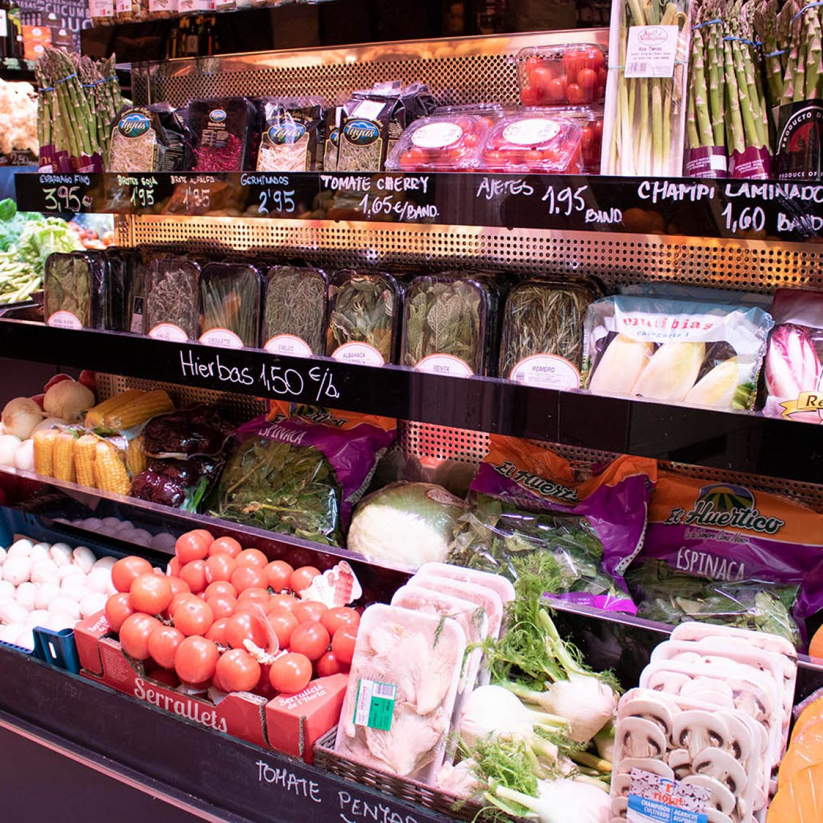 La tienda de Soler y Alex, frutas y verduras en Bilbao