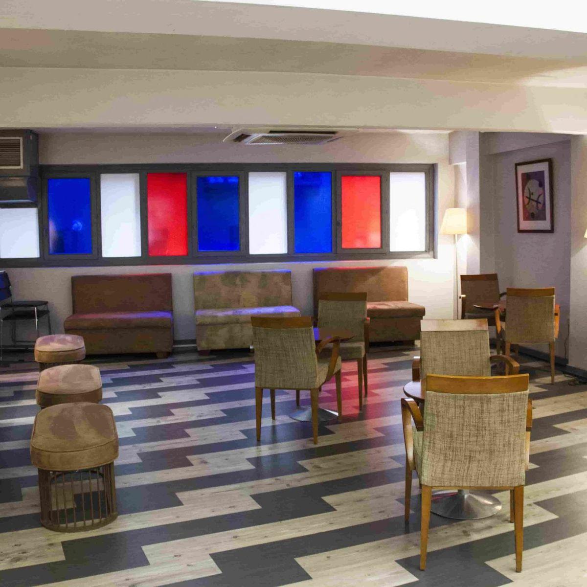 Hotel Bilbi, situado en la parte vieja de la ciudad