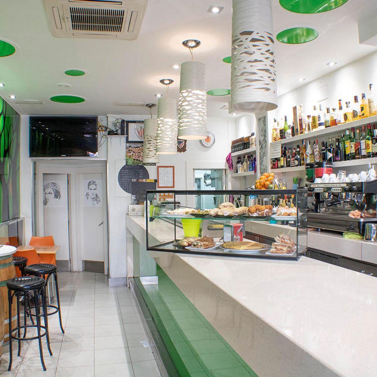 Bar Negresco en la Plaza nueva de Bilbao