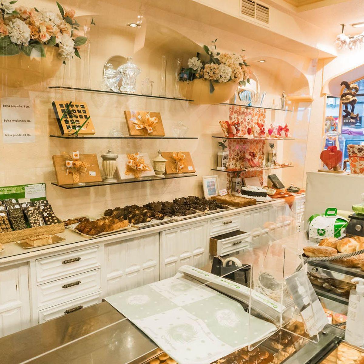 Pastelería California en Deusto: pasteles, trufas...