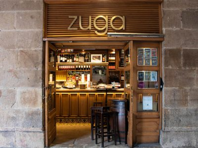 Bar Zuga en la Plaza Nueva de Bilbao