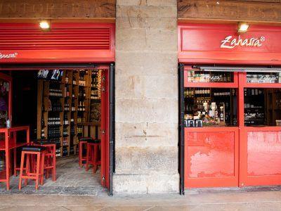 Bar Zaharra en la Plaza Nueva de Bilbao
