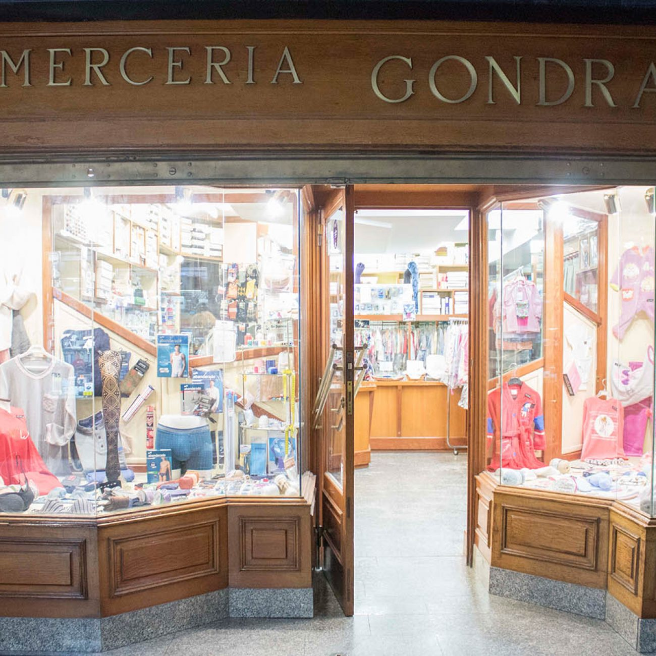 MERCERÍA GONDRA