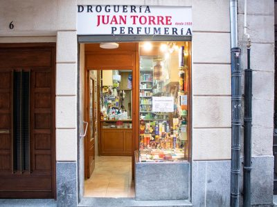DROGUERIA PERFUMERIA JUAN TORRE